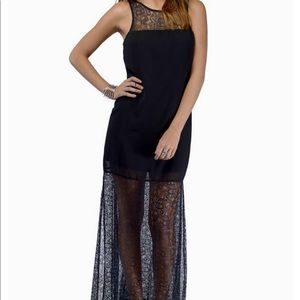 NWOT Black Lace Fitted Maxi Dress